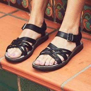 Chaco Fallon black leather sandals